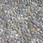Bollensteine wild mit Zementmörtel